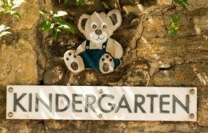 kindergarten-871111_1280